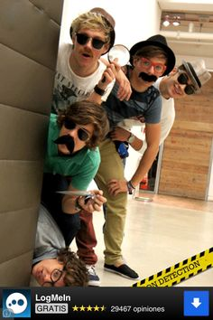 Mostacho one direction