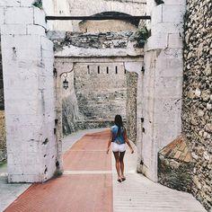 #Rocher Посмотрели на райскую жизнь, пора домой, в Ниццу..)) #vsco #vscocam #vscobest #vscogrid #nice #montecarlo #monaco by missvikkiy from #Montecarlo #Monaco