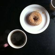 によるInstagramの写真ficklekitten - vegan doughnut from mighty-o, we gotta go soon