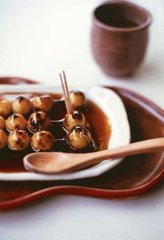 Mitarashi Dango (rice flour cake with soy and sugar sauce)