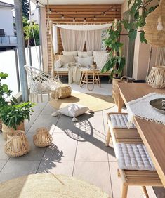 String Lights Outdoor Backyards - New ideas Backyard String Lights, Balkon Design, Backyard House, Diy Patio, Porch Decorating, Decorating Ideas, Decor Ideas, Furniture Inspiration, Patio Design