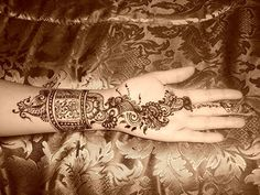 Mehandi is a celebrated tradition in Chennai. Ladies decorate their hands and legs with beautiful designs using Henna in Marriages, Festivals and some auspicious occasions. Currently, Henna Tattooing is fast becoming a style statement across the worl Designer Body Oils Perfumes and Colognes