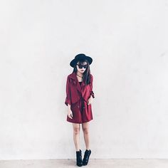 Monday ✔️ Ft. GEOILA PARKA IN BURGUNDY AND THEA CUT BOOTS up on site WWW.LBRLABEL.COM #lbrootd #lbrlabel ✨✨