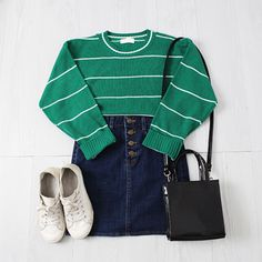 Casual Outfits For Girls, Swag Outfits, Retro Outfits, Cool Outfits, Fashion Outfits, Ulzzang Fashion, Korean Fashion, Indie, Korean Outfits
