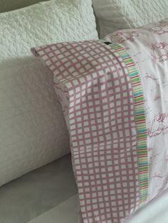 Winnie the Pooh Pillowcase / Pillowslip by kuronekoetsy on Etsy