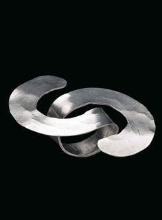 Ring | Alexander Calder. Silver. ca. 1941 || Est. 30'000 - 40'000$ ~ Sept '15…