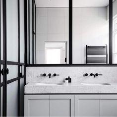 Bathroom Elsternwick Home by Mim Design est living Diy Bathroom Vanity, Small Bathroom Vanities, Bathroom Toilets, Modern Bathroom, Vanity Sink, Bathroom Marble, Minimalist Bathroom, White Bathroom, Washroom
