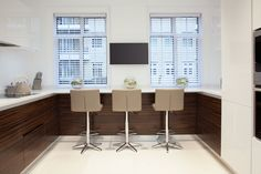 Contemporary Kitchen | JHR Interiors