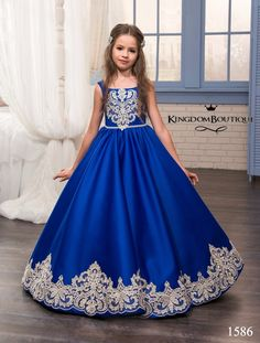 Cheap vestido, Buy Quality gown dress directly from China gown cover Suppliers: 2017 Royal Blue Flower Girl Dresses O-Ncek Appliques Sleeveless Ball Gown Formal Bow Sashes First Communion Gowns Vestidos Longo Cute Dresses, Girls Dresses, Prom Dresses, Cute Little Girl Dresses, Short Dresses, Royal Blue Flowers, Wedding Flower Girl Dresses, Flower Girls, Wedding Dresses For Kids
