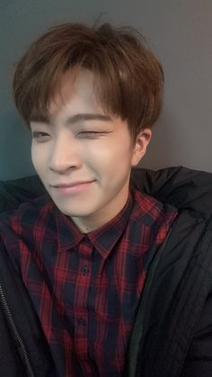 # - iM CRYIN HES TOO CUTE WTF - mArry me choi youngjae pls - + book 1 in the social media series + highest ranking: in fanfiction ✧ start: finish: (ongoing alternate ending) ✧ akabrowny original work; do not plagiarize. Got7 Youngjae, Kim Yugyeom, Jaebum, Girls Girls Girls, Mark Jackson, Jackson Wang, K Pop, Maine, Sunshine Love