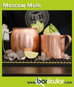 MOSCOW MULE COPPER - Tazza vintage in rame / alluminio. Oggi come un tempo non esiste Moscow Mule senza la sua mug, e oggi come negli anni '50 questo intramontabile drink è tornato a cavalcare l'onda del successo. Semplice, dal gusto deciso e rinfrescante, nasce dall'unione di vodka, spicchi di lime e ginger beer, nella tazza di rame che lo rende inconfondibile. http://www.barticular.com/store/gold-copper-line/moscow-mule-copper-tazza-vintage