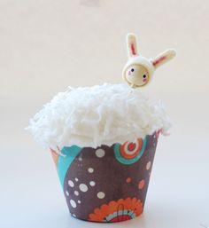 Easter Cupcake Topper Easter Decor Bunny Cupcake di mamadothat, $5,00