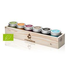 Geschenkset: Gewürze in Holzkiste // wooden gift-box, spices by Strandküche via DaWanda.com