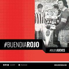 #BuenDiaRojo! #BuenJueves! 😈 Intercambio de banderines en la final de la Copa Intercontinental. ¡HOY INDEPENDIENTE!