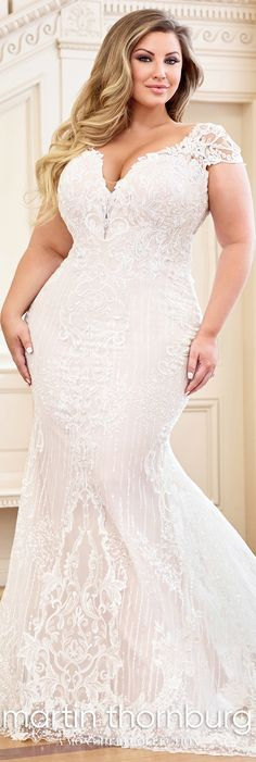 wedding dress plus size Martha - Plus Size Romantic Lace Wedding Dress - Mon Cheri Martin Thornburg Martha Lace Wedding Dress, Fit And Flare Wedding Dress, Wedding Bridesmaid Dresses, Bridal Dresses, Dress Lace, Curvy Wedding Dresses, Wedding Skirt, Bridesmaid Ideas, Lace Bodice