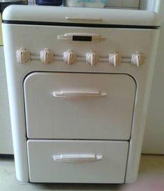 refrigerateur frigo vintage kelvinator autour 1940 vintage. Black Bedroom Furniture Sets. Home Design Ideas