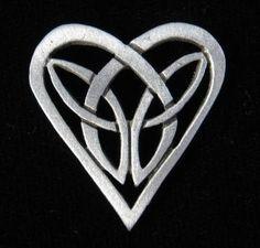 Celtic Jewelry - Trinity Knot jewelry. I love this
