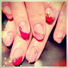 変形フレンチ×ラメハートのラブリーネイル #nail #nails #nailart #art #design #avarice #hearts #lovely (NailSalon AVARICE)