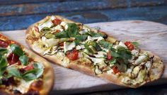 Pizza expressed three ways - I will definately be making these - it looked so easy yet the pizzas looked gourmet!