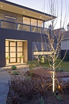 This contemporary backyard on Drake Street, Melbourne is a COS Design project that has won multiple awards, offering Asian themes that produce a stunning atmosphere!