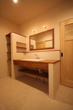 大紘建設の注文住宅、施工例詳細|JAHBnet Natural Interior, Home Design Plans, Washroom, Dream Bedroom, Dressing Room, Exterior Design, Interior Inspiration, New Homes, House Design