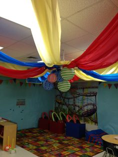 VBS Colossal Coaster World @ Lawndale Baptist Church Carnival Crafts, Carnival Themes, Circus Theme, Classroom Pictures, Classroom Ideas, Circus Decorations, Church Decorations, Sunday School Snacks, Vbs Themes