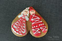 Cookie with Martisor ornament! Wedding Mugs, My Heritage, Bulgarian, No Bake Cake, My Heart, Cookie, Ornament, Cakes, Traditional