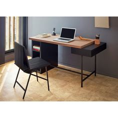 Create your perfect office environment in your home with stylish office furniture. Desks, chairs & storage solutions to transform your spare room into an enviable office environment! Wood Office Desk, Office Table Design, Home Office Setup, Home Office Design, Home Office Furniture, Furniture Design, Bureau Design, Home Room Design, House Design