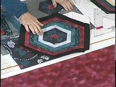 Hexagon Designs-If you love hexagons but find them complicated, Kaye Wood simplifies it with her quick and easy cutting designs. 35 projects include the Hawaiian Quilt