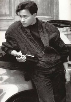Leslie Cheung Film Inspiration, Character Inspiration, Bisexual Celebrities, Hk Movie, Leslie Cheung, Hongkong, Character Costumes, Poses, Film Stills
