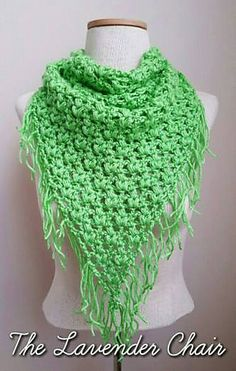 Clover Puff Triangle Scarf - Free Crochet Pattern from The Lavender Chair.