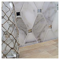 Mirror Tiles, Wall Tiles, Mirror Glass, Calacatta Tile, Glass Tile Backsplash, Kitchen Backsplash, Backsplash Panels, Elegant Kitchens, Black Kitchens