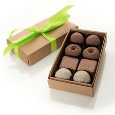 The perfect treat for any gardener! These gourmet seed bombs look like chocolate delights, but they are for planting, not eating. So bonus, calorie free!   Each handmade seed bon bon includes clay, organic compost and seeds. Boxed treat varieties include: italian herbs, edible flowers, cocktail garnishes, herbal teas and more.