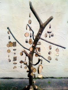 Teacher Tom: A Cookie Tree  Interactive art. Timber cookies have hooks both sides to hang and connect.