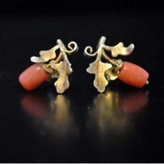 Antique coral and gold earrings - Antique Goodies
