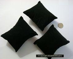 3 Black velvet bracelet watch pendant display pillows 3