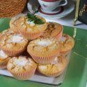 Receta de magdalenas a base de huevos, harina, azúcar y aceite de oliva virgen extra.