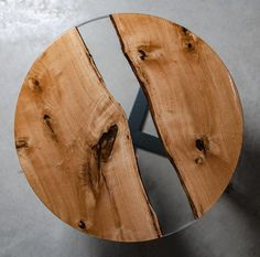 Round resin coffee table made oak slabs, river coffee table, live edge end table. Slab Table, Resin Table, Wood Sculpture, Sculpture Ideas, Wood And Metal Table, Walnut Coffee Table, Live Edge Table, Elements Of Design, Woodworking Projects Diy