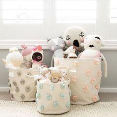 Don't these @pehrdesigns baskets make for the cutest Easter baskets?  📷: @littledwellings #sweetfinstudio #childrensdecor #modernnursery #modernhome #childrensbedrooms #coolkids #nurseryinspo #kidsroom #nurserydecor #babysro