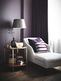 Amazing Interior Room Design with Purple Walls - Architecturehd Purple Walls, Dark Purple Bedrooms, Plum Walls, Bedroom Colors Purple, Purple Master Bedroom, Purple Yellow, Purple Interior, Decoration Inspiration, Decor Ideas
