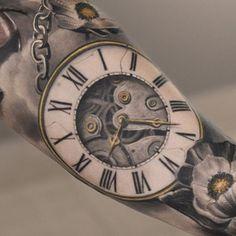 Tattoo Blüten mit Uhr in 3D Mehr