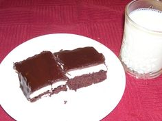 This really does taste a lot like the real thing, and it is easy to make. I got this recipe from a family member, and while Ive only made it myself once (my husband just requested it as his birthday cake), Ive eaten it many times, and it is a crowd-pleaser! I have only had it as cake, but I imagine it would work better for larger crowds as bars. This tastes MUCH better if it is made the day before and allowed to chill overnight before eating.