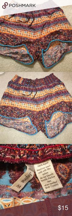 Patterned 100% rayon shorts. Never worn, in great condition! japna Shorts