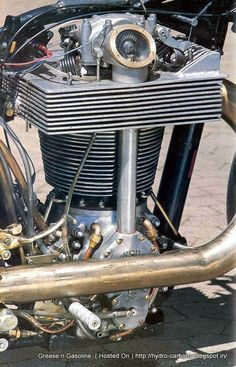 Franz Langer held the record for the largest displacement single cylinder motorcycle engine, with a thumper built in Not long afterwards, Werner Dienstkrad built a steampunk mot… Steampunk Motorcycle, Motorcycle Style, Motorcycle Design, Bike Design, Retro Motorcycle, Motorcycle Quotes, Antique Motorcycles, Custom Motorcycles, Custom Bikes