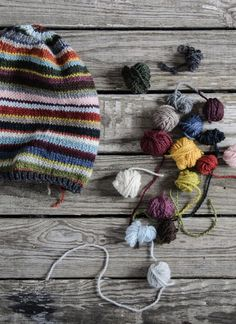 lovely update of the stashbusting hat, gather your scraps and off you go...