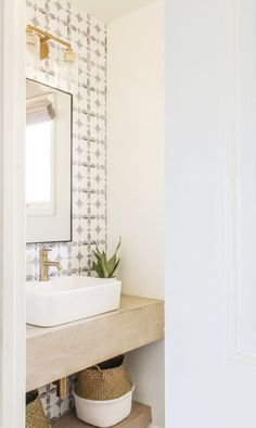 DIY Budget-Friendly Powder Room Redo – Boho Chic B… – Boho budgetfriendly C… Chic Bathrooms, Modern Bathroom, Small Bathroom, Bathroom Faucets, Bathroom Ideas, Bathroom Designs, Bathroom Tray, Neutral Bathroom, Bathroom Cabinets