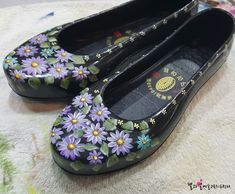 Coolest Shoes Ever, Mary Janes, Flats, Sneakers, Painting, Fashion, Loafers & Slip Ons, Tennis, Moda