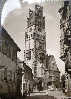 Schwabentor ca. 1940er Jahre - Außenansicht des Freiburger Schwabentor. Das Aufnahmedatum ist leider nicht genau bekannt, dürfte aber ungefähr in den 1930er bis 1940er Jahren liegen.  Vielen Dank für dieses Bild an unseren Facebook-Fan Tina Münz.  /*  */