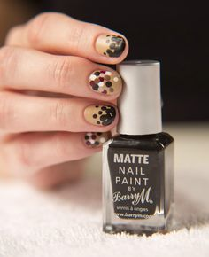 Matte dots by The Illustrated Nail using Barry M