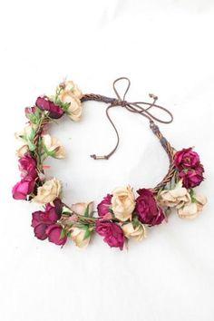 Purple flower for wedding crown 50 ideas 20 Felt Flowers, Diy Flowers, Flowers In Hair, Purple Flowers, Diy Flower Crown, Floral Crown, Flower Crowns, Hair Wreaths, Diy Hair Accessories